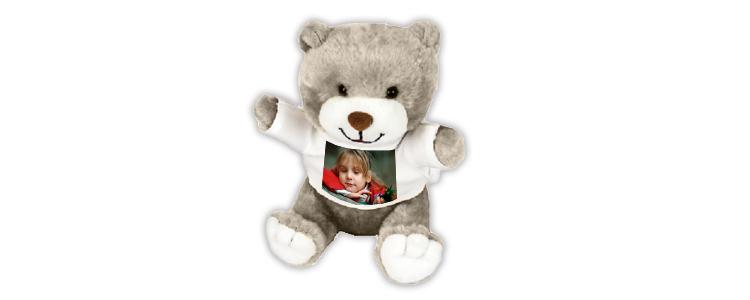 Voici le modèle ourson de peluche personnalisée que j'ai offert à ma nièce.
