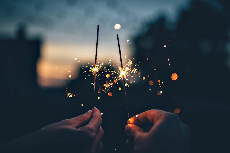 Éblouissez-vous devant un magnifique feu d'artifice !